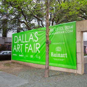 At the Dallas Art Fair, Amid Vibrant Sales and Live Mannequins, Gagosian Hides in Plain Sight