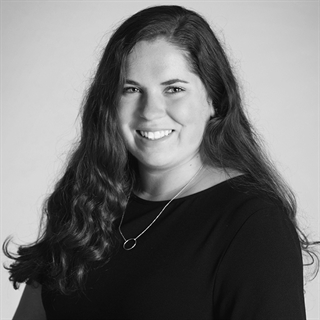 Kelly O'Halloran / Brand Intern