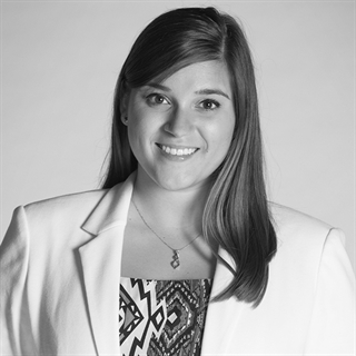 Miranda Bayo / Brand Intern